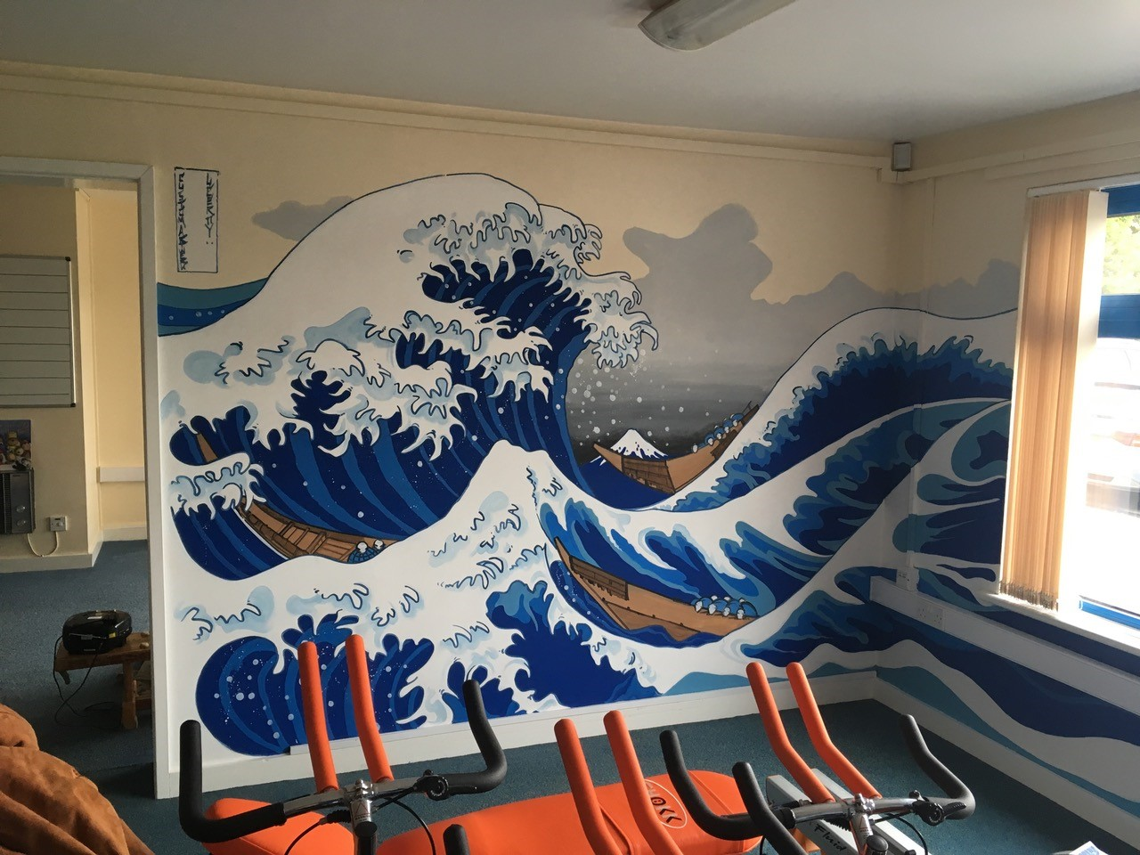MURALS ARTIST TURNS TO LEYLAND TRADE TO ENSURE DURABILITY